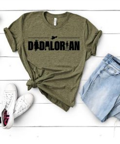 Dadalorian Tshirt,Star Wars Tshirt,Funny Star Wars Tee,Disney Star Wars,Gift for Dad,Fathers Day Gift,Mandalorian,Dadalorian,Fathers Day Tee DB